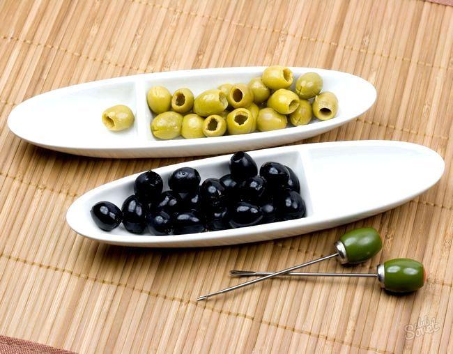 Чим відрізняються оливки від маслин