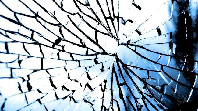 Що робити, якщо розбилося дзеркало