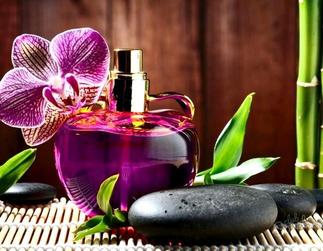 Як користуватися парфумами