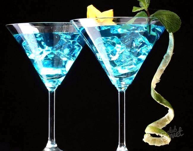 Коктейль «блакитна лагуна»