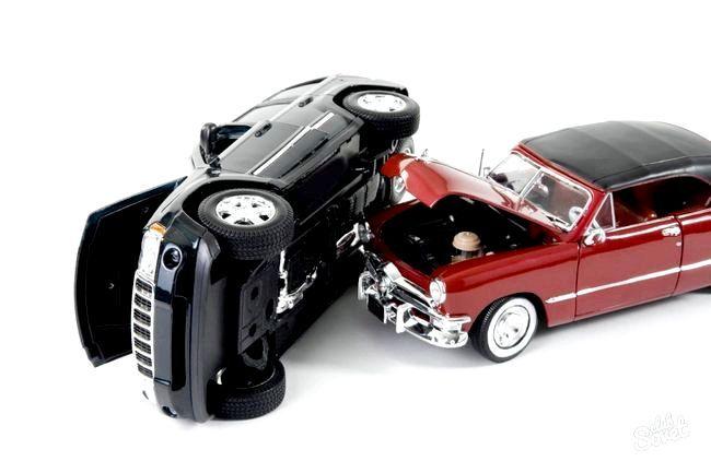 Чи потрібна страховка при купівлі авто