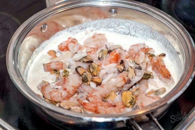 Вершкова паста з морепродуктами